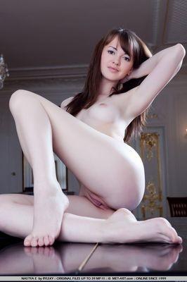 slut from Picola